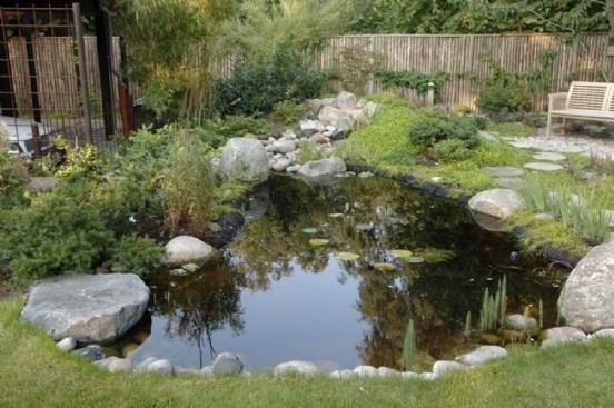 vandbassin i haven